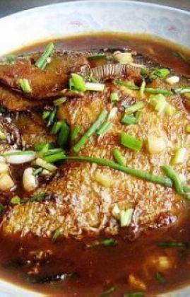 红烧大做法的鲳鱼(鲳鱼营养)_红烧大价值个2小孩岁食谱1月图片