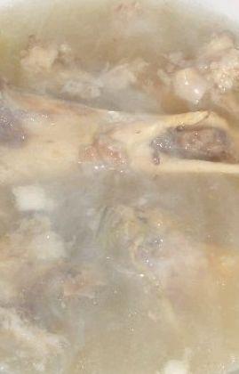 清炖骨头汤的做法