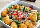 豆腐煮鱼的做法