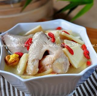 鲜笋土鸡汤的做法