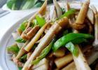 蚝油藕条的做法