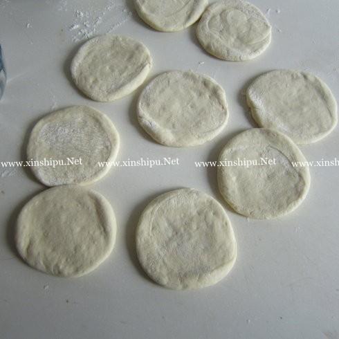 小刺猬豆沙包的做法图