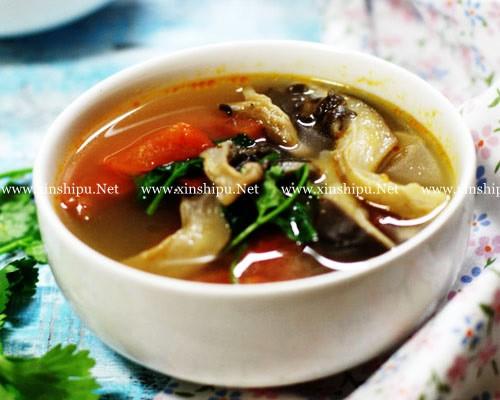 第1步西红柿鲜蘑汤的做法图片