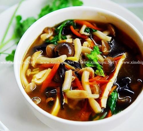 第1步开胃消暑的酸辣蘑菇汤的做法图片