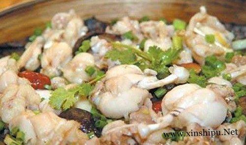 清蒸石鸡的家常做法推荐 汤清香郁肉细嫩柔滑