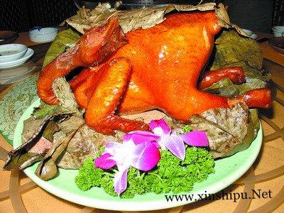 经验分享黄泥煨鸡怎么做 俗称叫花鸡好吃又味美