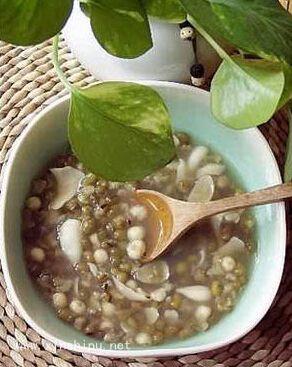 绿豆汤的做法百合绿豆汤润肺补胃_时尚生活_v做法清热降火的家常菜图片