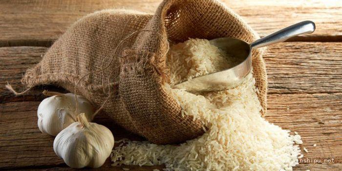 大米生了虫子预防大米生虫的时尚_措施鸭脖过期三天能吃么图片